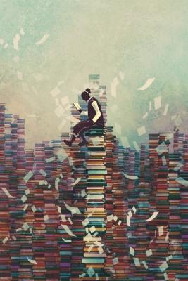 Bild: Zeichnung Mensch sitzt lesend auf Bücherstapel