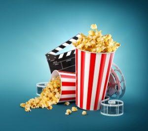 Bild: Popcorn-Becher mit Filmklappe