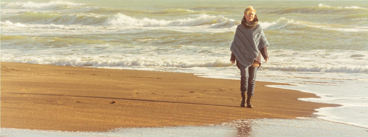 Bild: Banner Frau am Strand